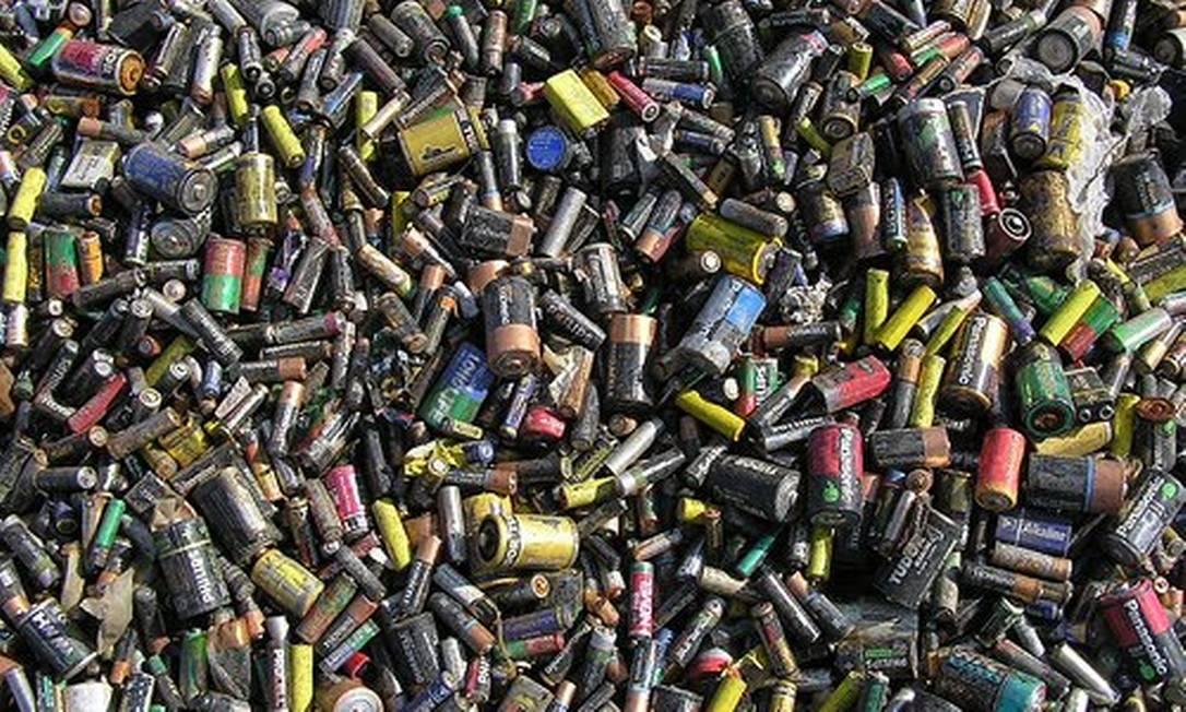 Pilhas e baterias estão entre os produtos contemplados pelo projeto de lei Foto: Reprodução
