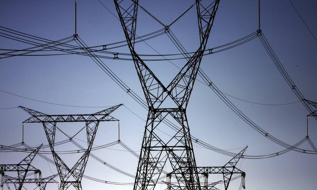 Torre de transmisão de energia Foto: / Dado Galdieri