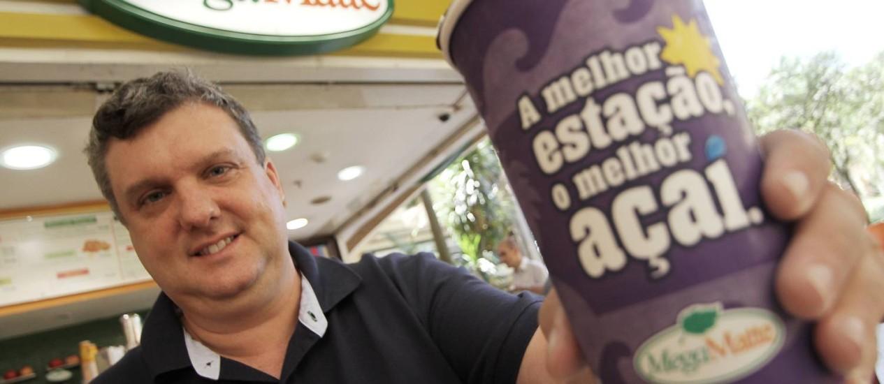 Raul Bonan era funcionário de uma multinacional, saiu do emprego, vendeu sua casa e junto com a esposa Christiane abriu o próprio negócio Foto: Alexandro Auler / Agência O Globo
