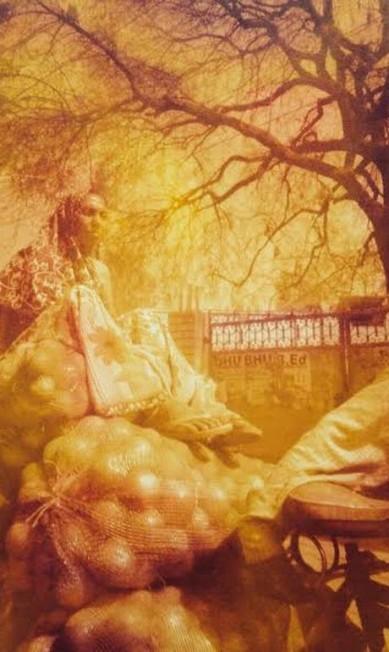 'Lá, eles acreditam que o bindi afasta maus espíritos. Para mim, representa a ligação com o feminino e mistura a fé com a intuição', diz ela Divulgação/Helen Pomposelli