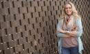 Luciana Walther: ela visitou sex shops e entrevistou 35 mulheres, entre consumidoras e responsáveis pelos empreendimentos Foto: Divulgação/Helena Leão
