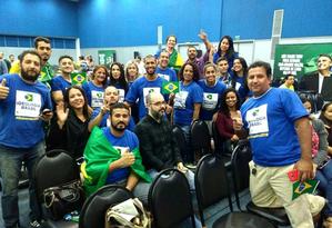 Membros do grupo Ideologia Brasil lotam lançamento da candidatura de Jair Bolsonaro Foto: Reprodução / Instagram