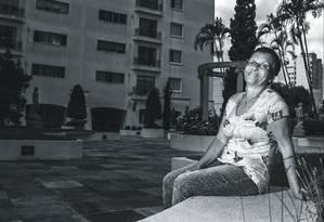 Maria Aparecida Martins Santos trabalha como empregada doméstica há 41 anos na casa da mesma família. Foto: Edilson Dantas / Agência O Globo
