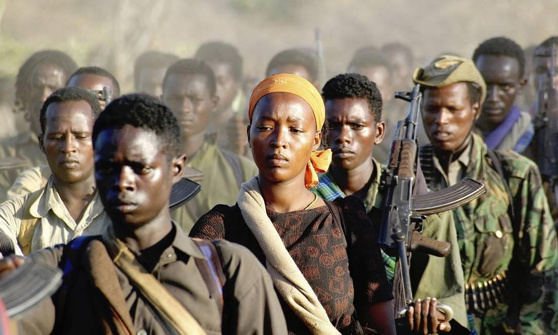 Fronteira entre a Etiópia e o Quênia, onde tropas rebeldes se reagrupam após embates com tropas governamentais Foto: Jonathan Alpeyrie