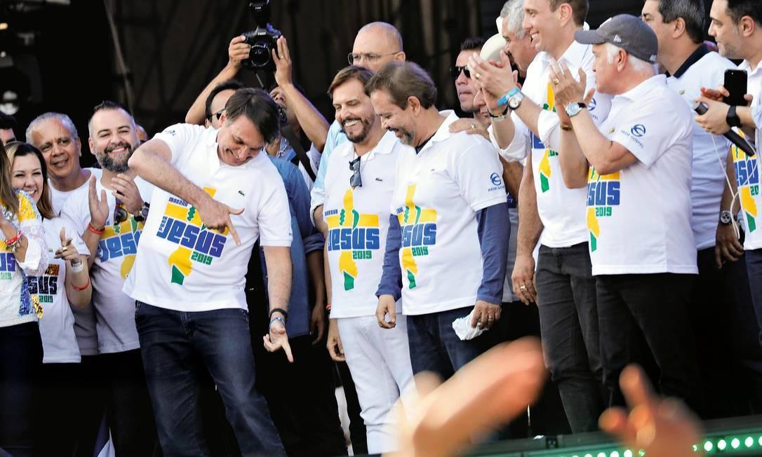 O presidente Jair Bolsonaro na Marcha para Jesus, em São Paulo, onde ouviu muitas palmas, mas também recebeu vaias Foto: Nacho Doce / Reuters