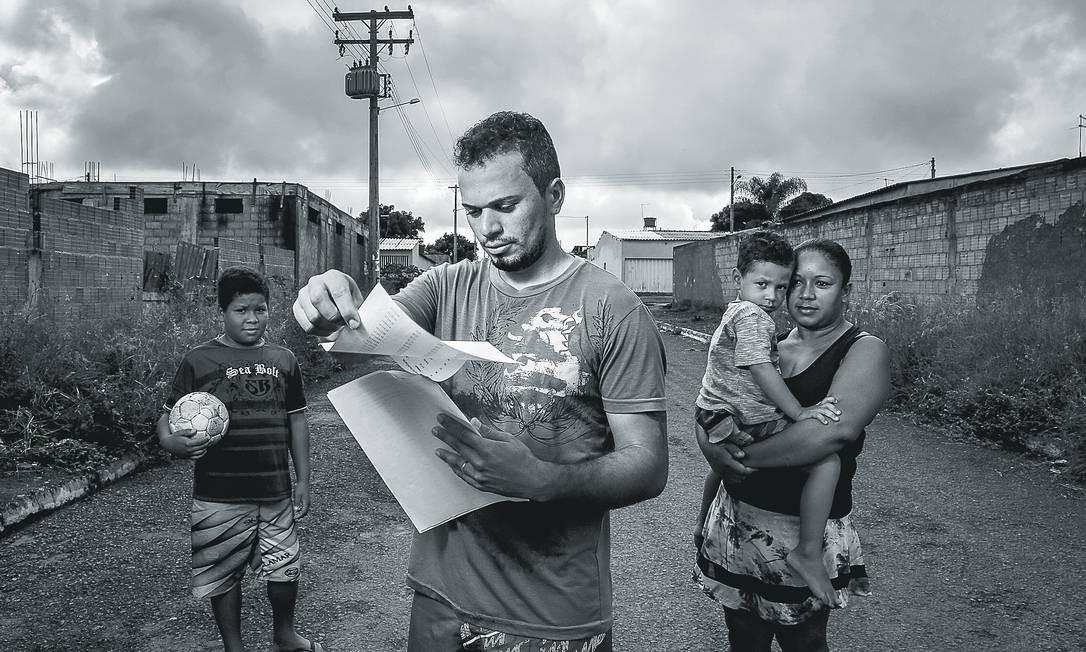Pesquisadora sugere que programas de renda básica deixem de ser emergenciais Foto: André Coelho / Agência O Globo