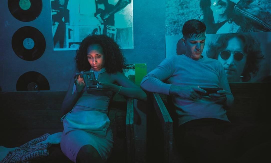 Em menos de dez meses, o serviço de internet para celulares em Cuba saltou para 2,5 milhões de usuários. Foto: Francesco Pistilli / Bloomberg via Getty Images