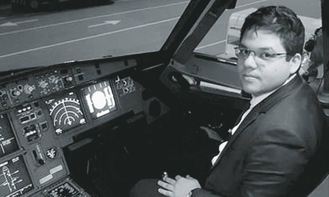 Nythalmar Dias Ferreira formou-se pela UniverCidade. Seu primeiro emprego no Rio, aonde chegou com 16 anos, foi no Bob's. Foto: Reprodução