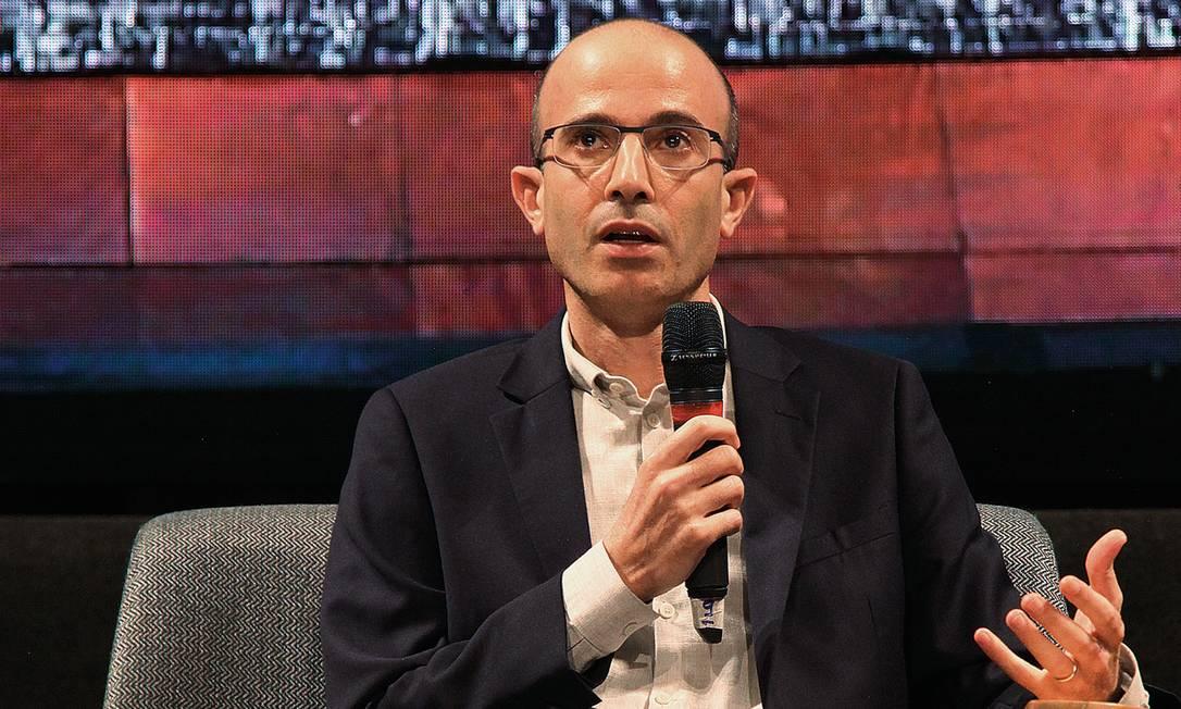 """""""As pessoas devem pensar por elas mesmas"""", sugeriu Yuval Noah Harari. Foto: Vera Donato"""
