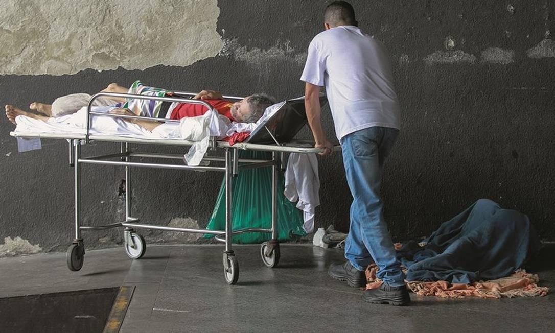 Fora a situação caótica na saúde, a cidade convive há três anos com uma gestão incompetente em quase todas as áreas. Foto: Gabriel de Paiva / Agência O Globo
