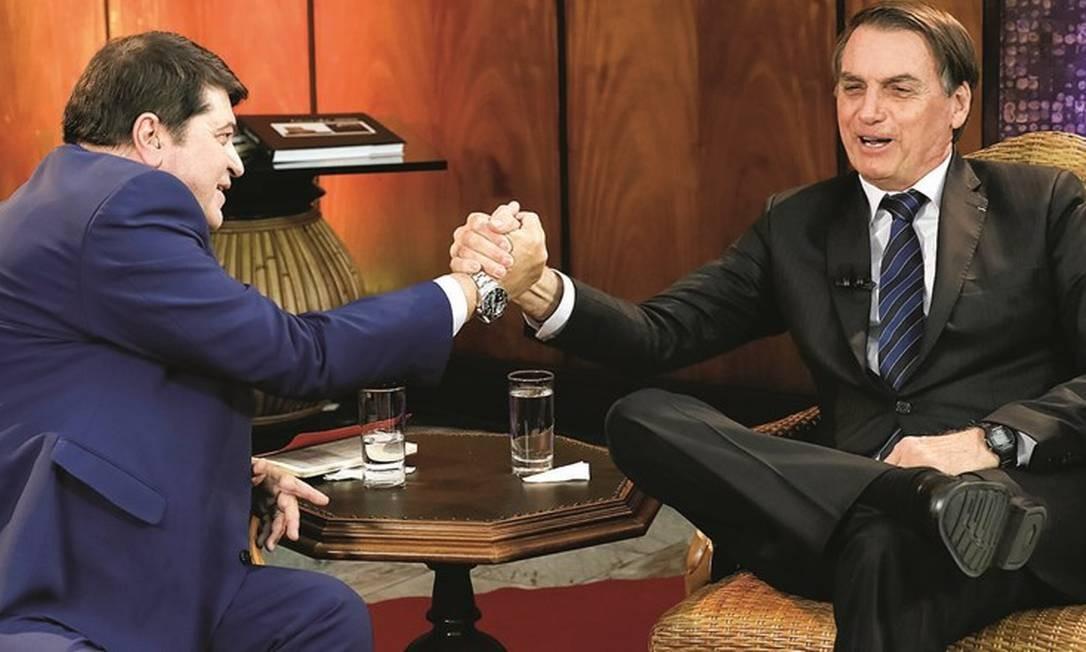 Datena e Bolsonaro já decidiram o partido de uma eventual candidatura do apresentador na disputa com Bruno Covas. Foto: Isac Nóbrega / PR