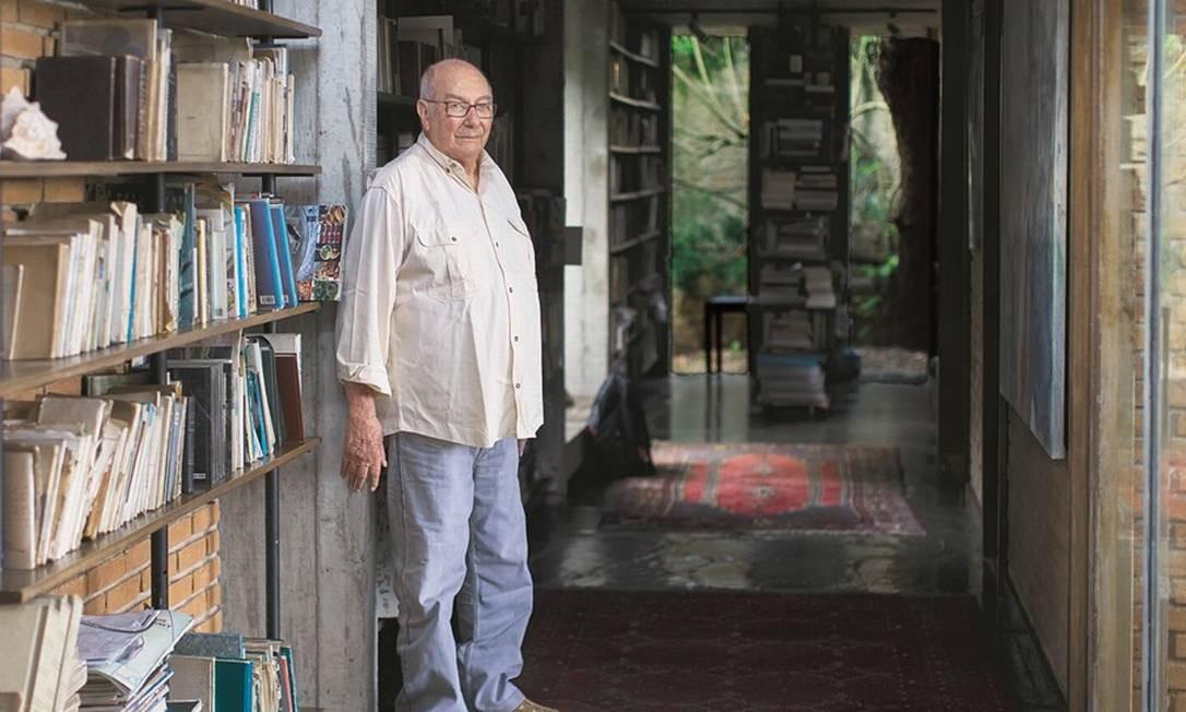 Giannotti argumenta que as forças políticas de esquerda têm uma difícil tarefa para enfrentar Jair Bolsonaro. Foto: Edilson Dantas / Agência O Globo