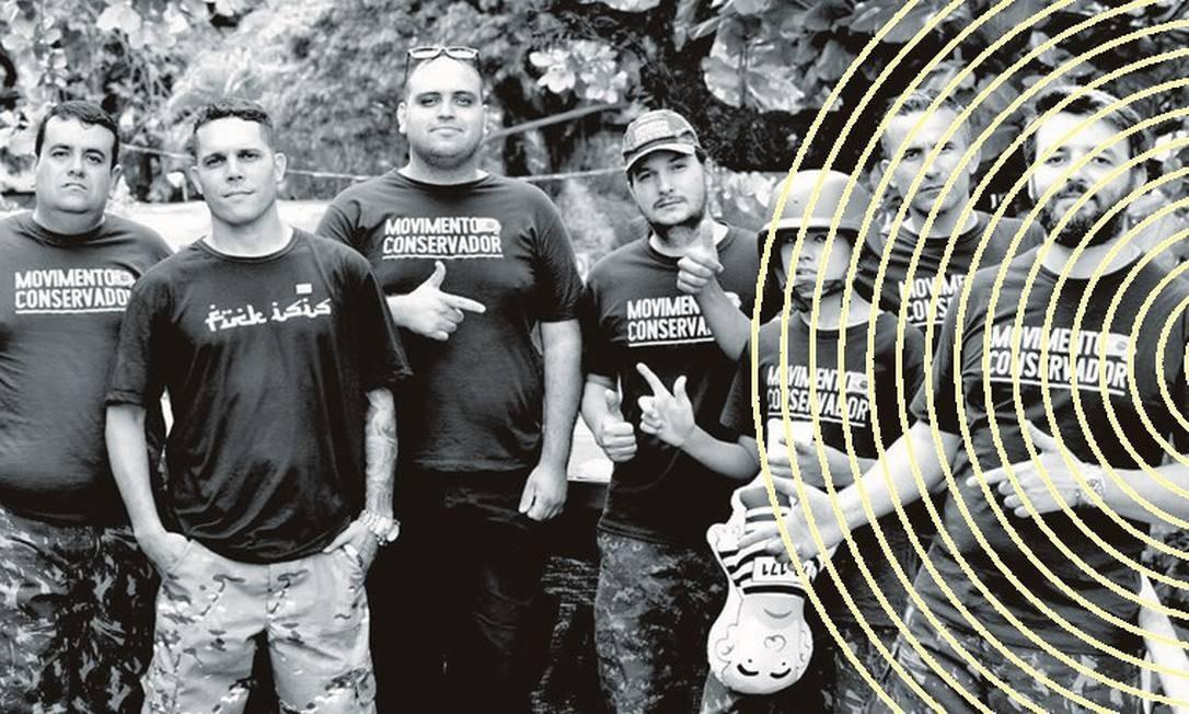 Wellington Moura (o terceiro, da esquerda para a direita), membro do Movimento Conservador. Depois de fazer vídeo atacando um boneco de Gilmar Mendes com balas de plástico, ele foi alvo de buscas e quebra de sigilo. Foto: Arquivo pessoal