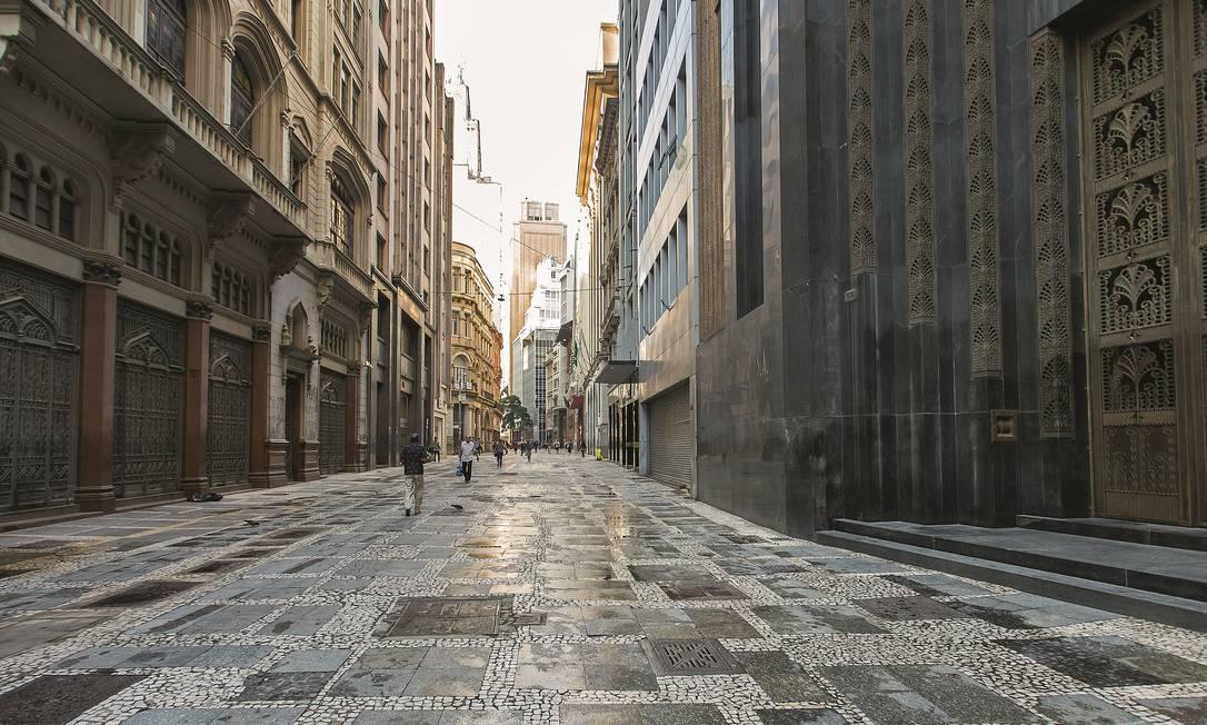 O centro de São Paulo parou, assim como o de várias capitais brasileiras. Foto: Edilson Dantas / Agência O Globo