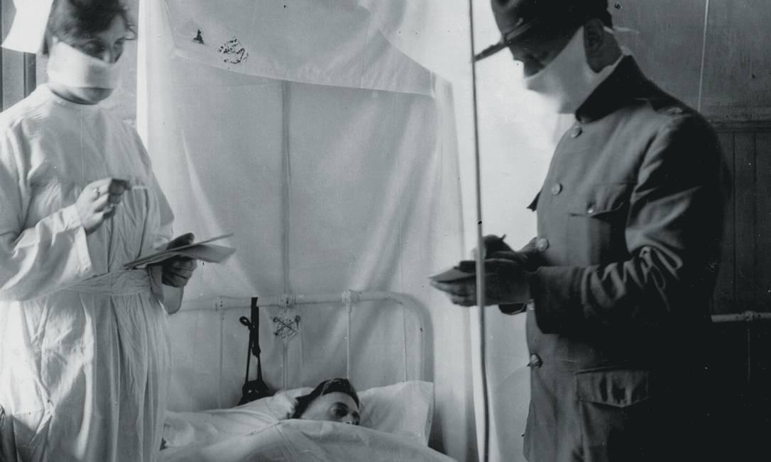 O primeiro registro médico da Gripe Espanhola foi num quartel americano. Foto: PhotoQuest / Getty Images
