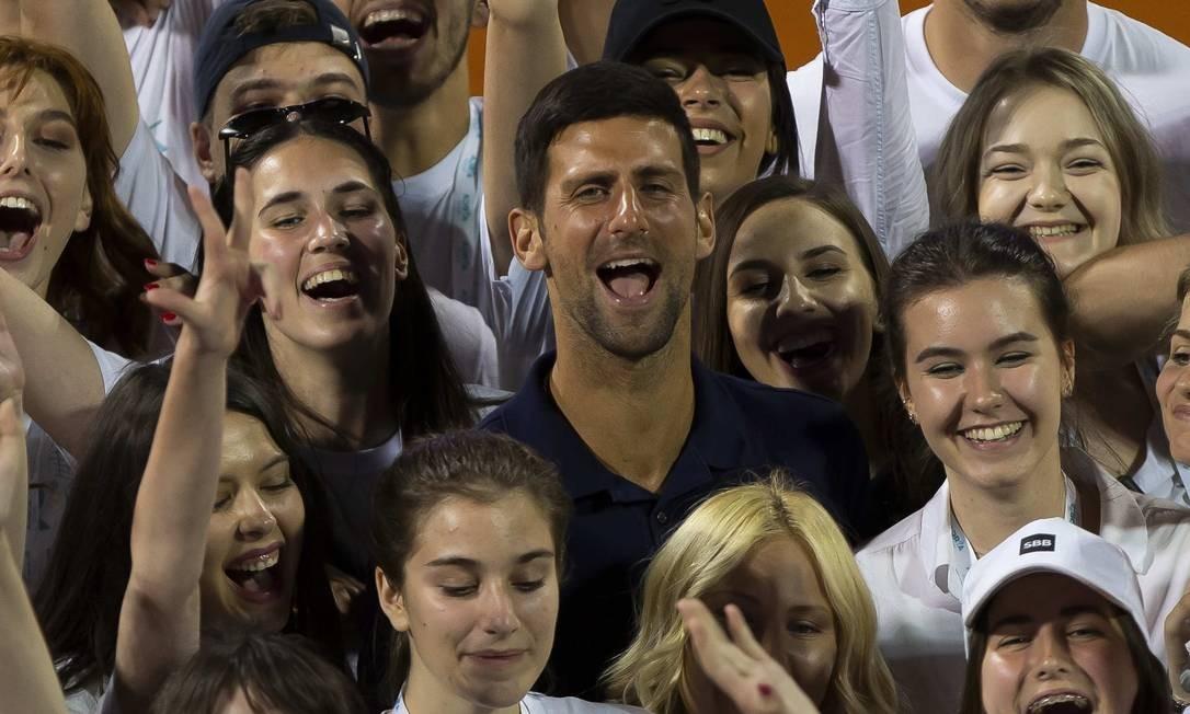 No Adria Tour teve de tudo, menos distanciamento social e máscara. Foto: Nikola Krstic / MB Media / Getty Images
