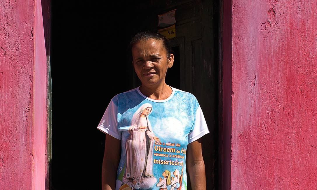 Na mesma Capitão Gervásio, porém, moradores como Neuza Tereza de Souza, de 47 anos, dizem que já desistiram do partido de Lula. Foto: Edilson Dantas / Agência O Globo
