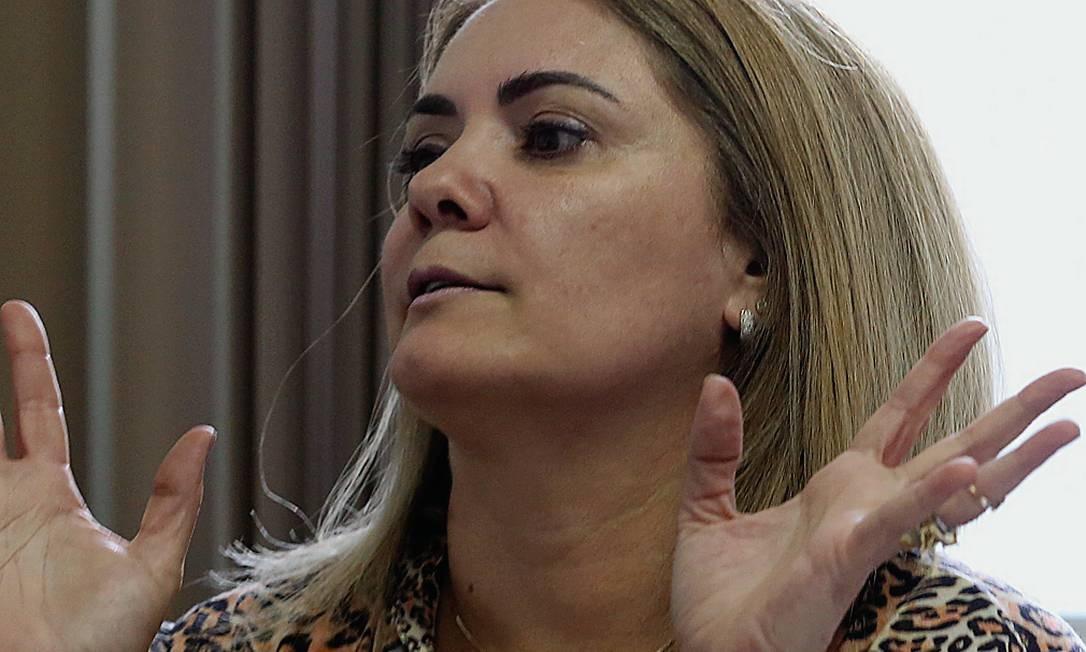 Época: EX-MULHER COMPROU 14 IMÓVEIS, PARTE DELES EM DINHEIRO VIVO ...