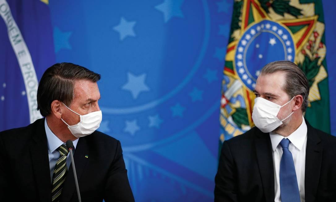 Jair Bolsonaro e o presidente do STF, Dias Toffoli Foto: Pablo Jacob / Agência O Globo