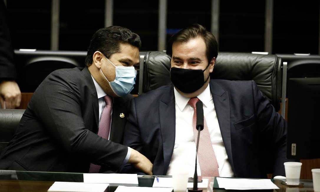 Davi Alcolumbre e Rodrigo Maia. Foto: Pablo Jacob / Agência O Globo
