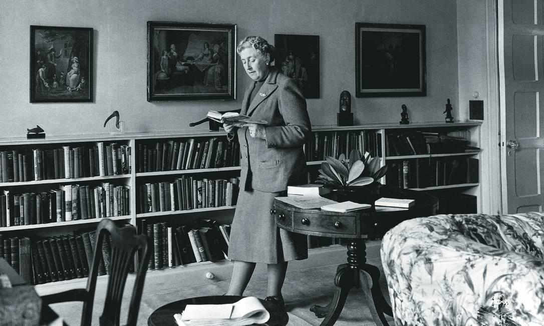 A explosão de vendas dos livros de Agatha Christie tem feito a festa de sebos na Inglaterra. Foto: Hulton-Deutsch Collection / Corbis / Getty Images