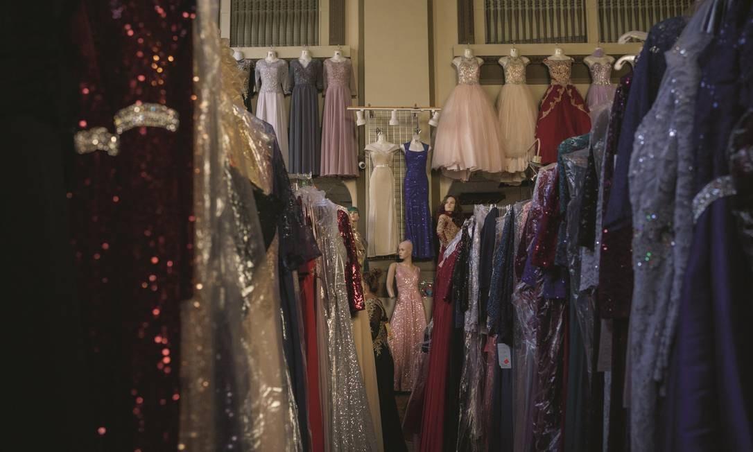 Com a pandemia, muitos lojistas ficaram com estoques cheios. Em dificuldades, muitos deles agora estão sendo comprados por concorrentes. Foto: Paul Ratje / AFP via Getty Images