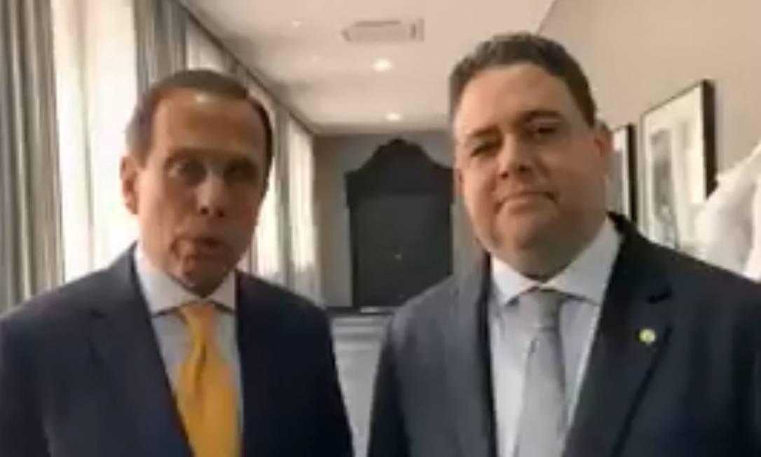 João Doria e Felipe Santa Cruz. Foto: Reprodução