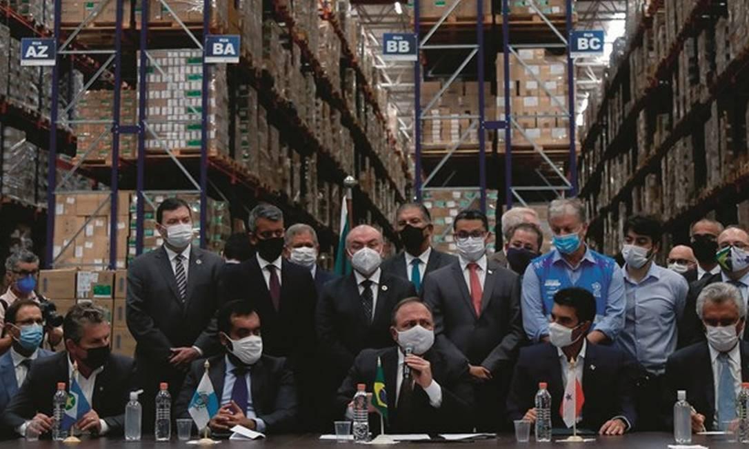 Governadores cobraram de Pazuello agilidade na compra e distribuição de imunizantes após São Paulo largar na frente na vacinação. Foto: Miguel Schincariol / AFP