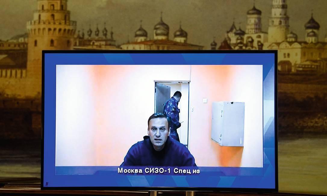 Em um julgamento rápido, o ativista russo foi condenado a mais de dois anos de prisão. Foto: Alexander Nemenov / AFP