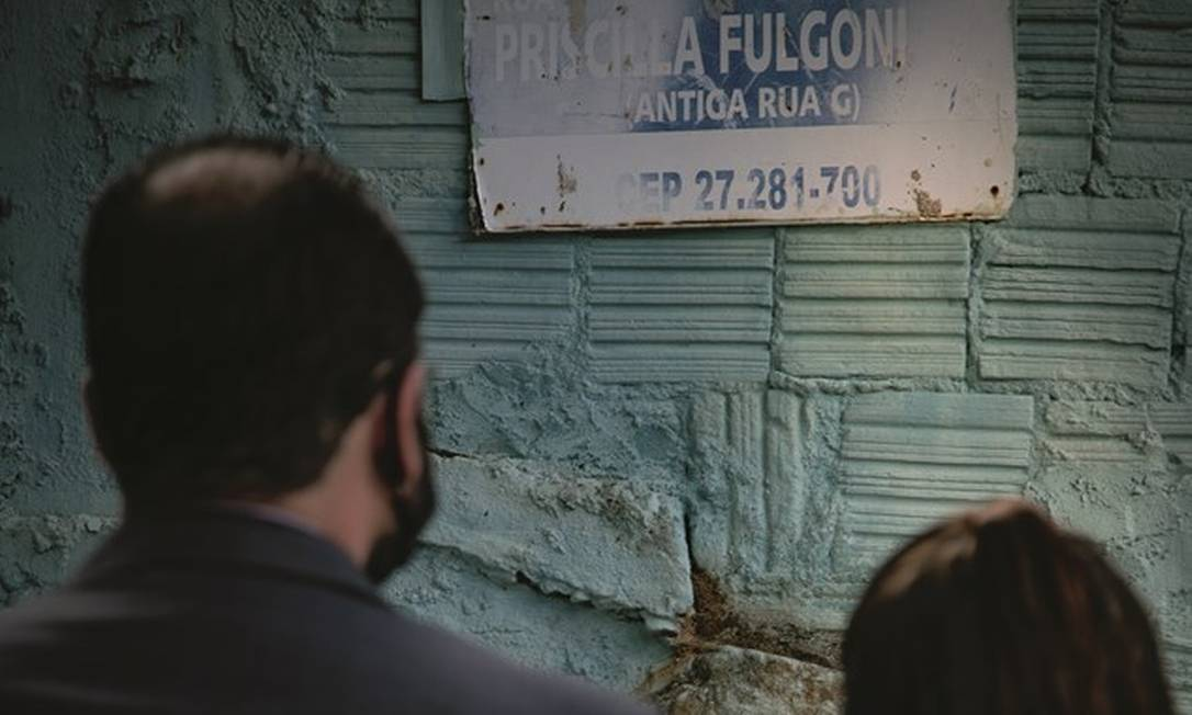 Inconformado com a demora nas investigações sobre a morte da irmã, o oficial de justiça Ricardo Fulgoni caçou pessoalmente o assassino. Foto: Roberto Moreyra / Agência O Globo