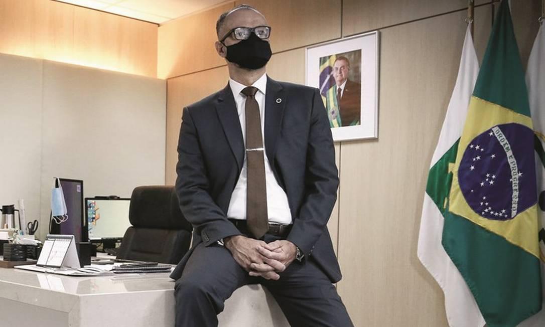 Contra-almirante da reserva, Antonio Barra Torres assumiu definitivamente o cargo de diretor-presidente da Anvisa em novembro do ano passado. Foto: Pablo Jacob / Agência O Globo
