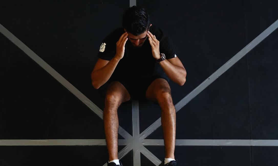 Aulas de ginástica, meditação e pilates on-line impulsionaram o mercado de aplicativos de bem-estar, que faturou US$ 2 bilhões no mundo em 2020. Foto: Francois Nel / Getty Images