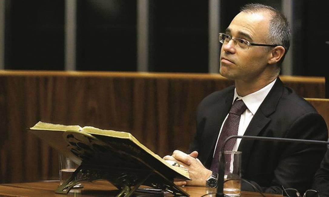 O presbiteriano André Mendonça é o mais forte candidato ao STF, mas enfrenta resistência das igrejas pentecostais. Foto: Jorge William / Agência O Globo