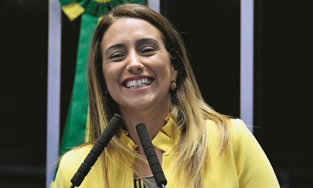 Em seu primeiro mês na articulação política, Flávia Arruda terá de destravar o Orçamento e tentar conter a CPI da Covid. Foto: Geraldo Magela / Agência Senado