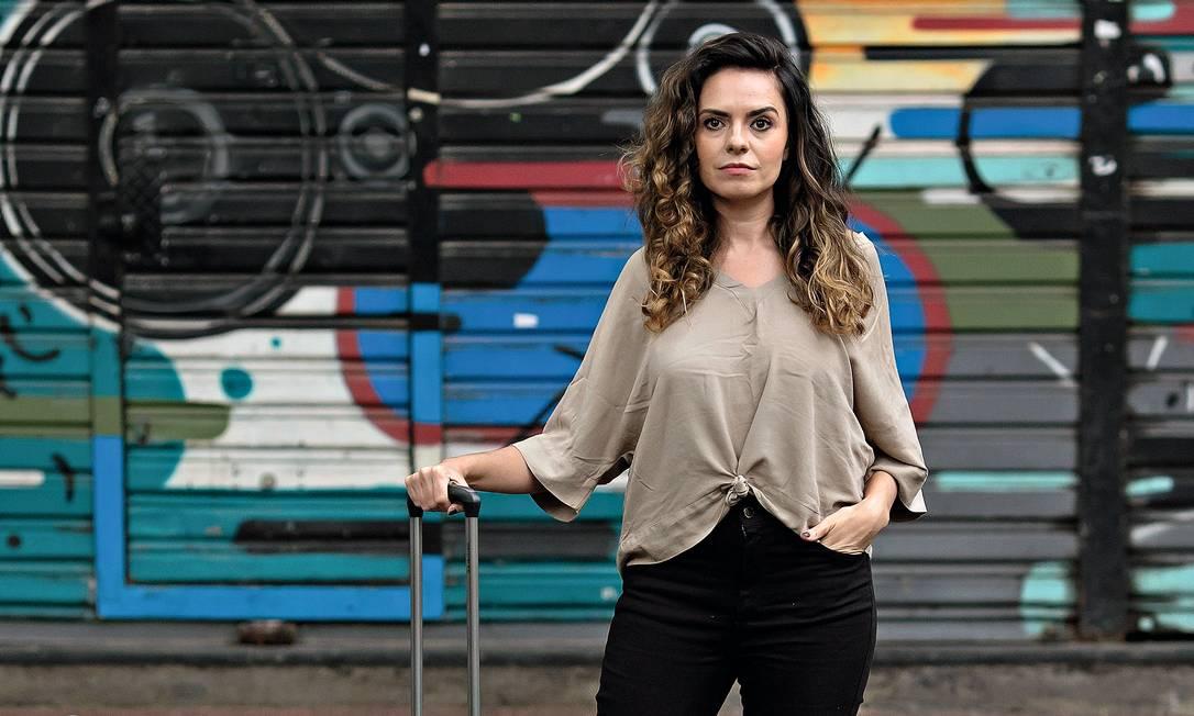 Depois de conseguir uma bolsa de estudos na Alemanha, Ariadne chegou a encerrar o contrato de aluguel do apartamento em que morava em São Paulo para ir para a Europa. Foto: Edilson Dantas / Agência O Globo