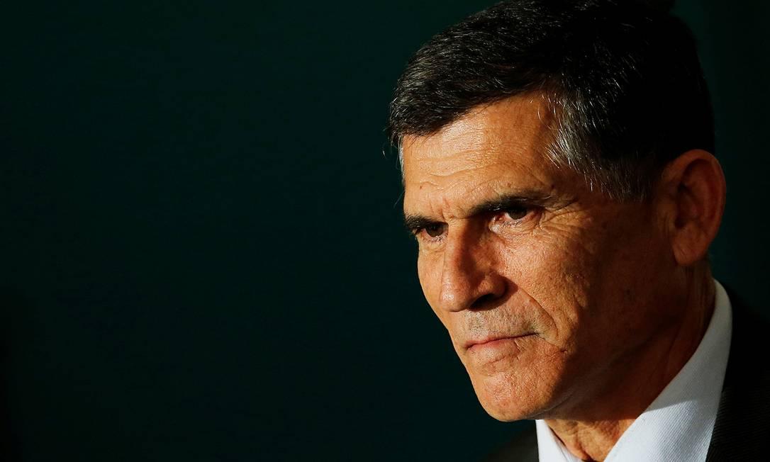 O ex-ministro da Secretaria de Governo Santos Cruz, demitido por Jair Bolsonaro Foto: ADRIANO MACHADO / REUTERS