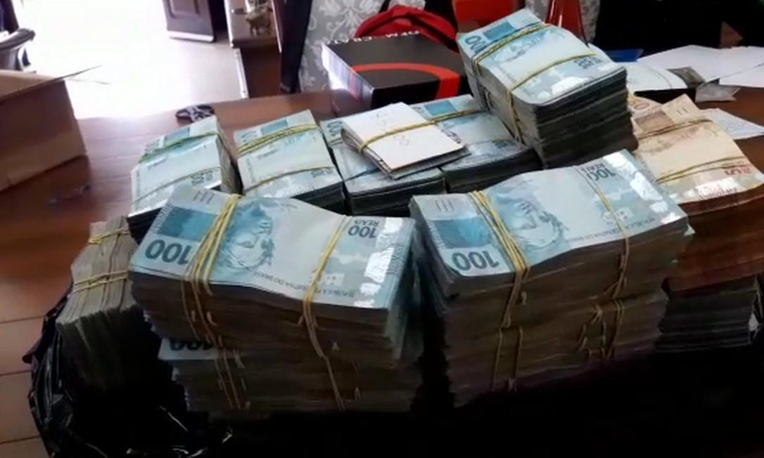 Apreensão de dinheiro pela PF na Operação Favorito Foto: Reprodução
