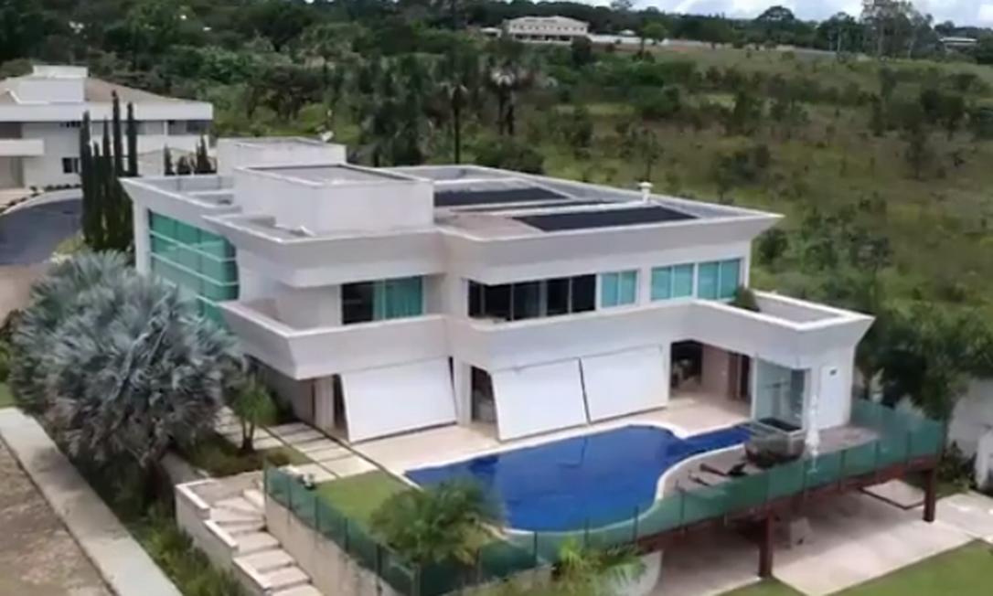 Mansão de R$ 6 milhões comprada por Flávio Bolsonaro em Brasília Foto: Reprodução