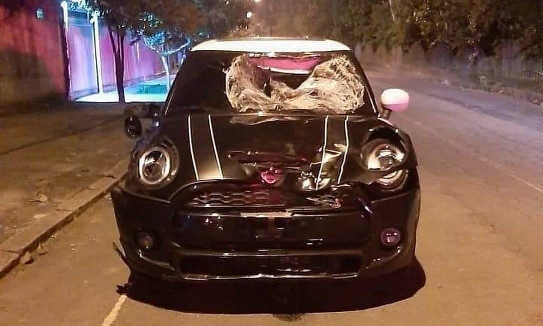 Mini Copper, causador de acidente no Recreio, foi encontrado na garagem do jogador Foto: Divulgação