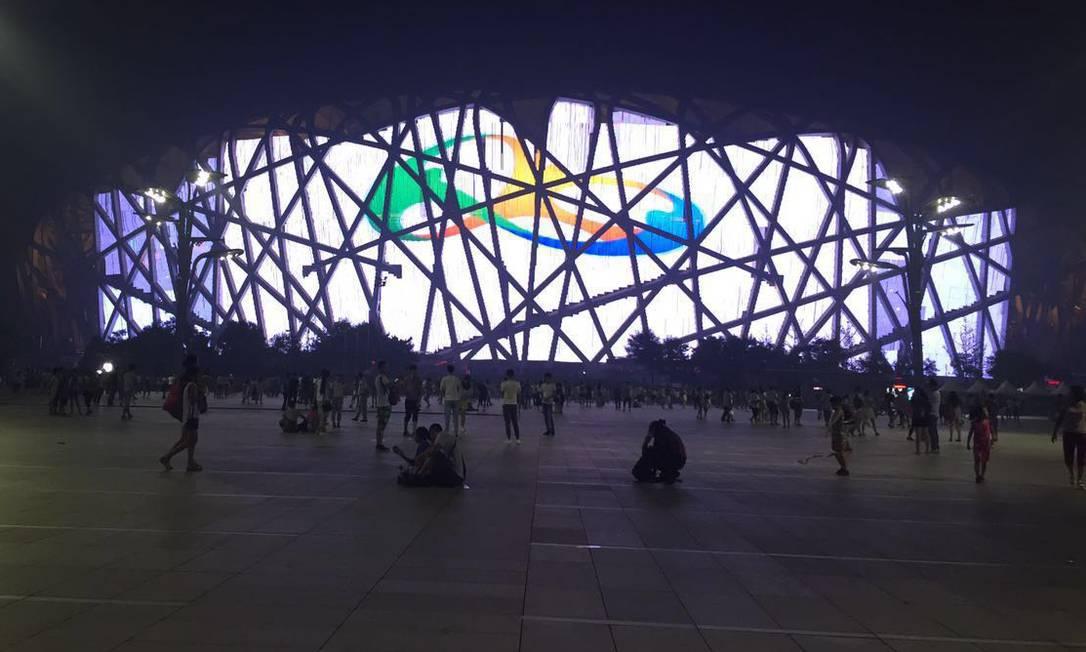 """A Olimpíada também já é comemorada no Estádio Olímpico """"Ninho do Pássaro"""", em Pequim Divulgação / Ministério das Relações Exteriores"""