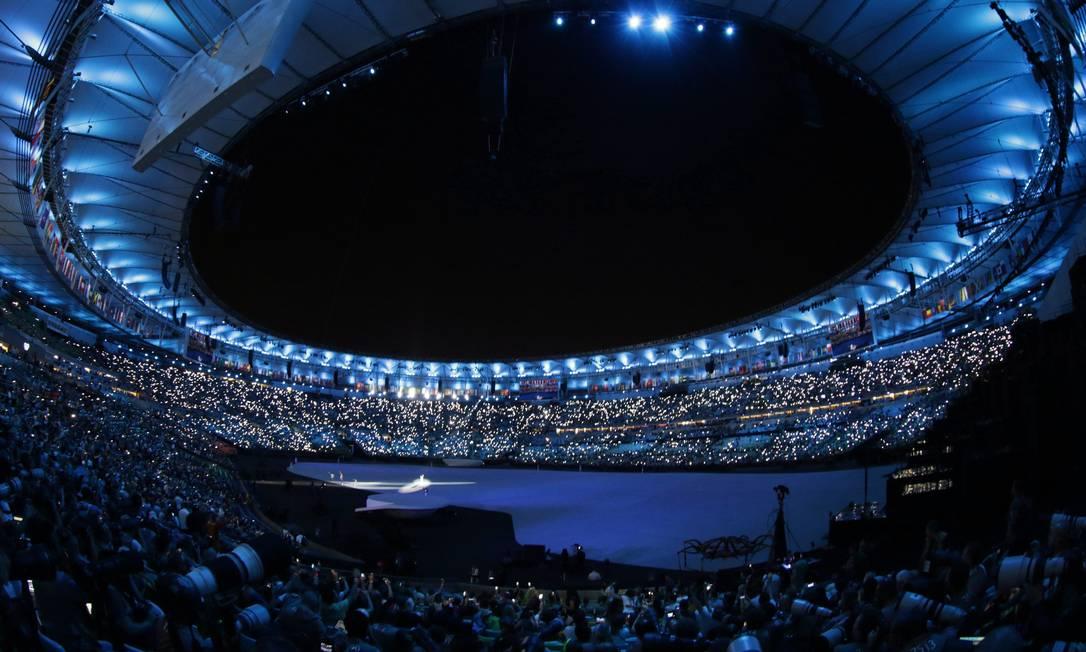 A cerimônia contou a história do Brasil, com os índios e a chegada dos portugueses Marcelo Theobald / Agência O Globo