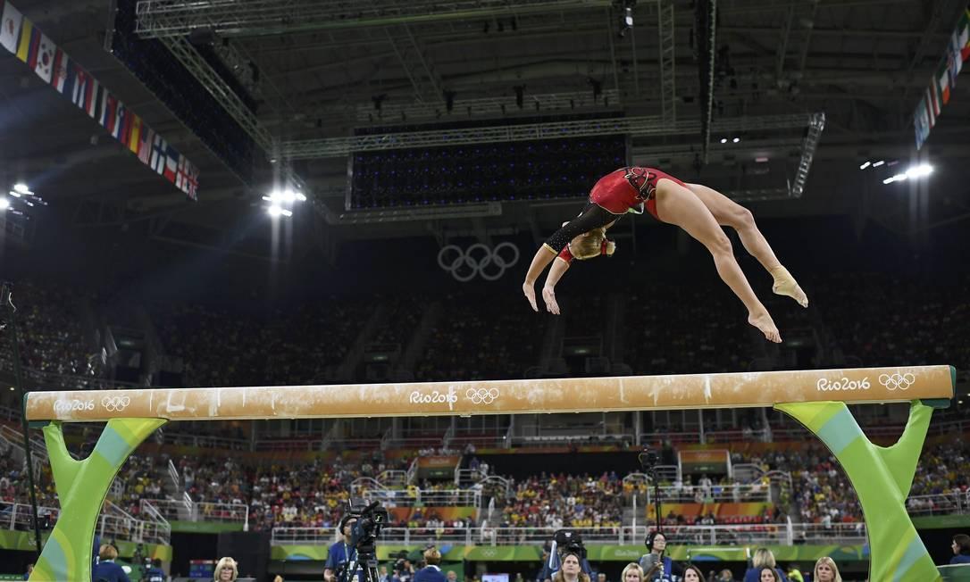 A alemã Elisabeth Seitz nas barras assimétricas. Ginastas empolgaram o público DYLAN MARTINEZ / REUTERS