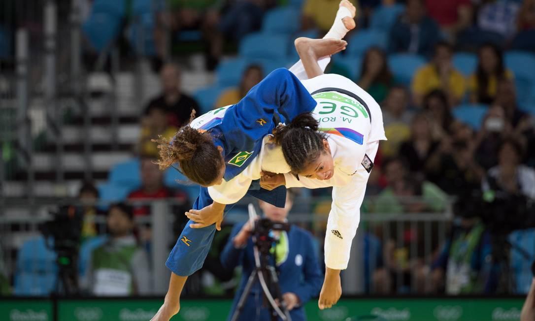 A judoca Rafaela Silva venceu a primeira luta da fase eliminatória contra a alemã Miryam Roper Danilo Verpa/NOPP / Agência O Globo