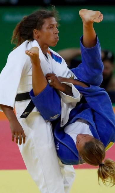 A Judoca Rafaela Silva passou para a semifinal nesta segunda-feira Pedro Kirilos / Agência O Globo