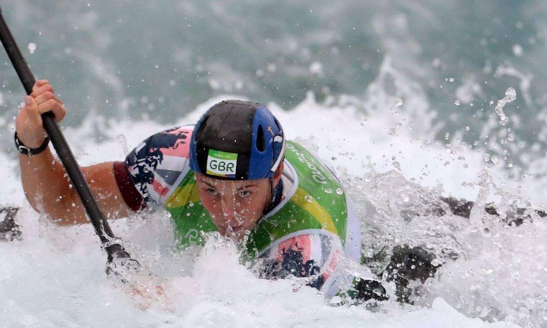 O inglês Joseph Clarke ganhou a medalha de ouro na prova de canoagem slalom Marcelo Carnaval / Agência O Globo