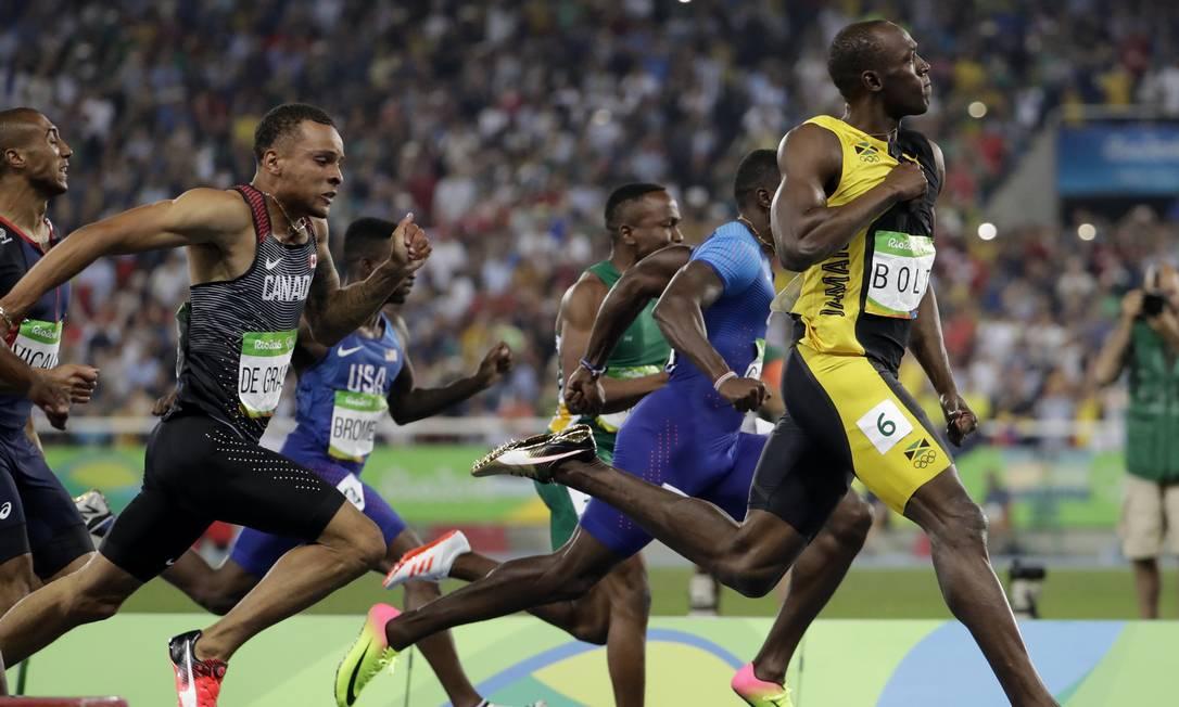 O 'raio' Usain Bolt já sabia que tinha conquistado a medalha de ouro antes de passar da linha de chegada David Goldman / AP