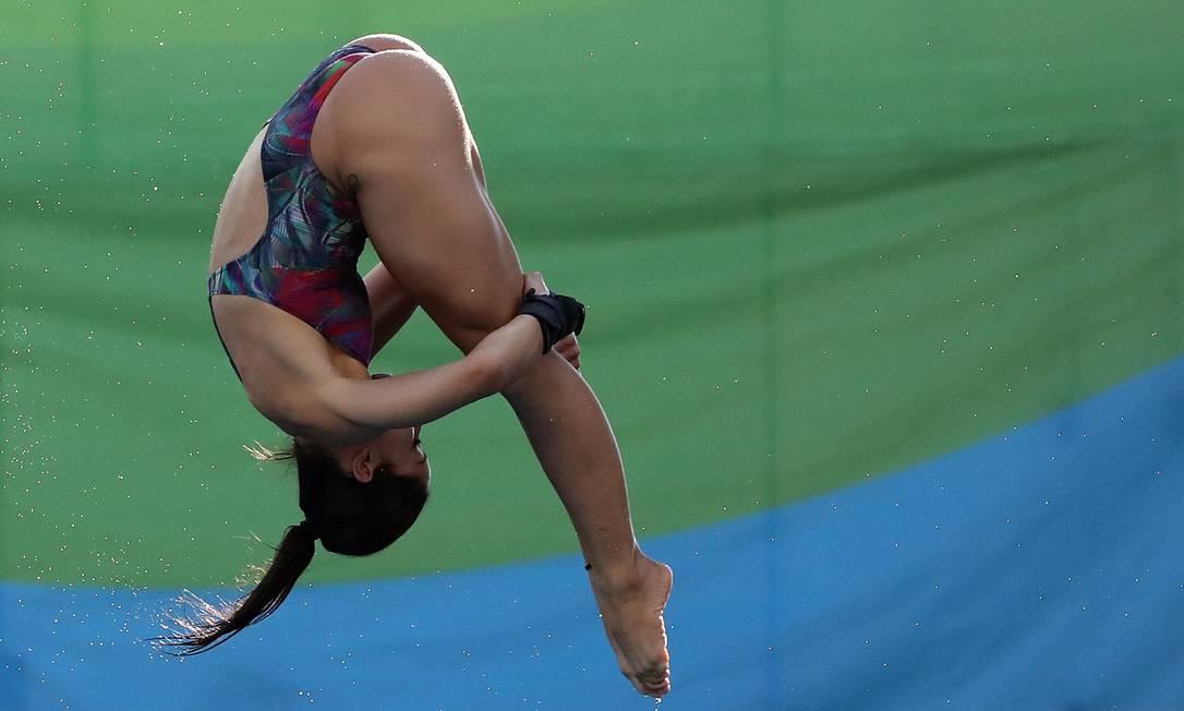 Ingrid, de 19 anos, é considerada musa do salto ornamental por sua beleza Marcio Fernandes / Estadão