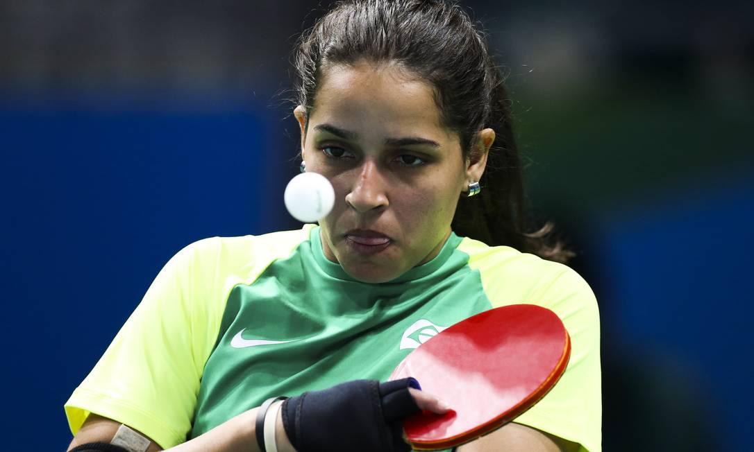 No tênis de mesa, a brasileira Cátia Oliveira perdeu para Su-Yeon Seo, da Coreia, por 3 a 0 Mõnica Imbuzeiro / Agência O Globo