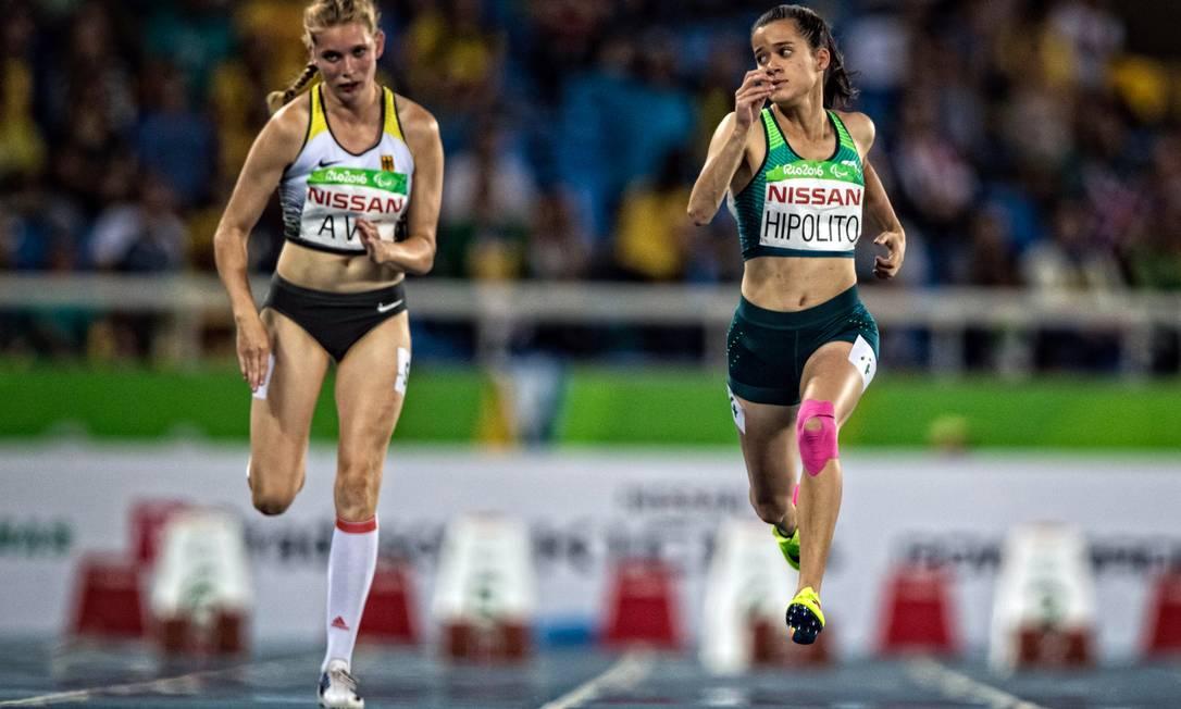 Verônica Hipólito compete no 100m rasos T38 ©Marcio Rodrigues/MPIX/CPB / MPIX/CPB