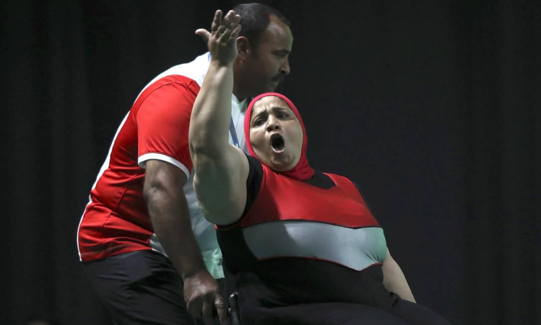 A egípcia Nadia Ali, do levantamento de peso até 86k UESLEI MARCELINO / REUTERS